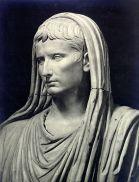 augustus-pontifex-maximus
